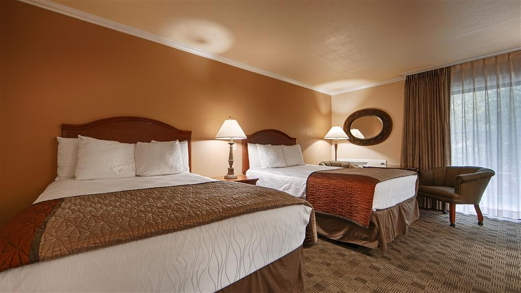 Best Western Miner's Inn - Our 2 queen guest rooms include a work desk, flat screen TV and free wi-fi access.