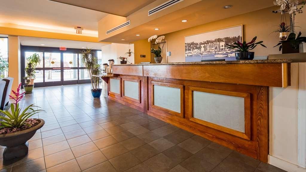 Best Western Yacht Harbor Hotel - Lobby view
