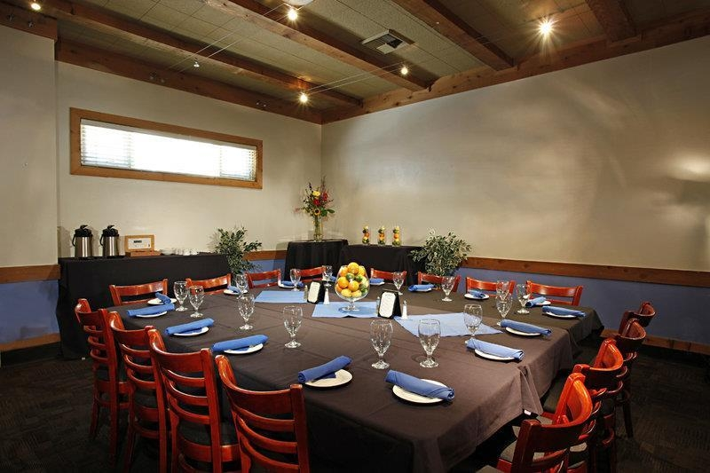 Best Western Plus Sutter House - The small conference room in our Blue Prynt Restaurant is perfect for a more intimate setting.