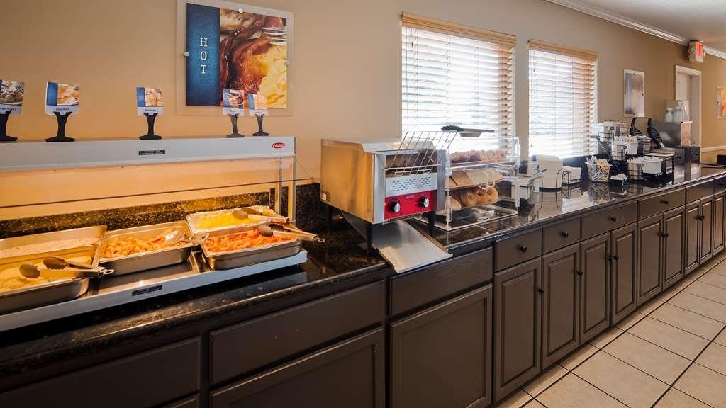 Best Western Roseville Inn - Breakfast Area