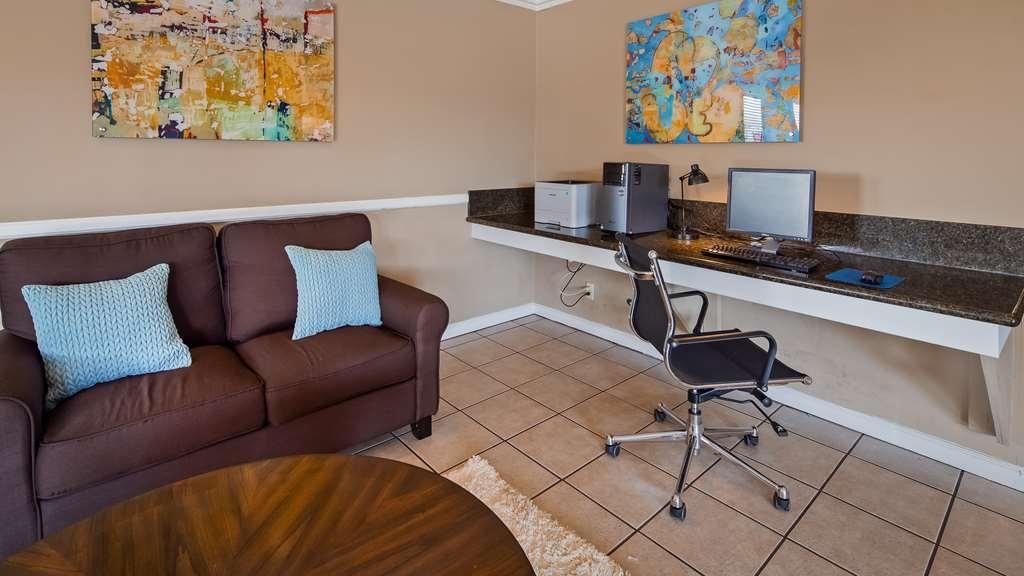 Best Western Roseville Inn - Business Center