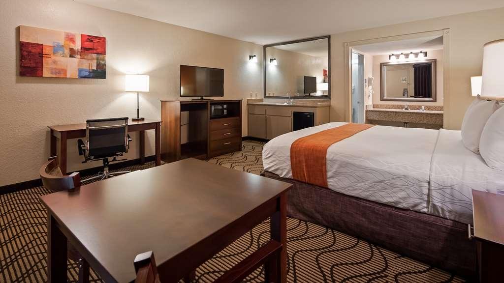 Best Western Roseville Inn - Guest Room