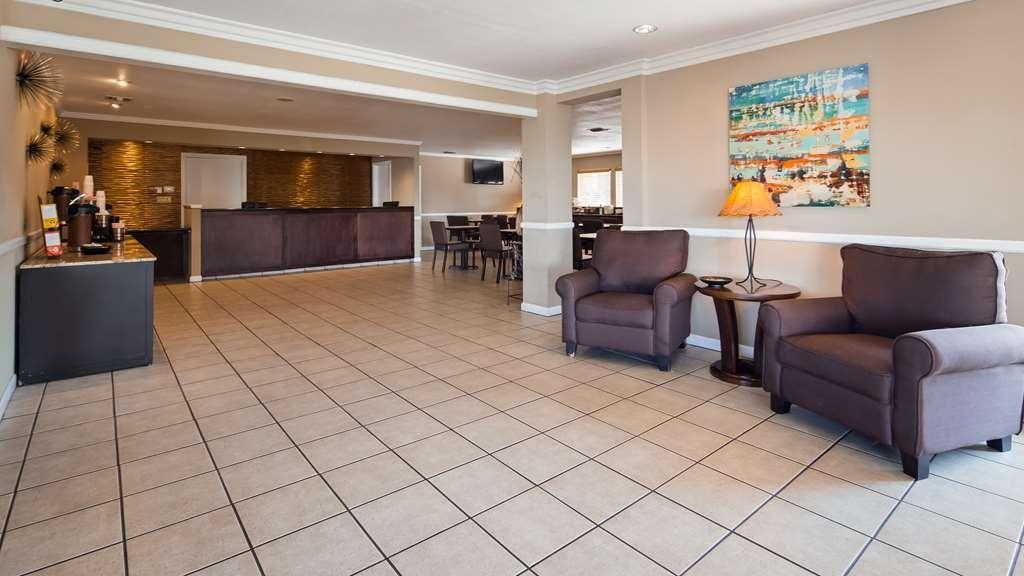 Best Western Roseville Inn - Lobby