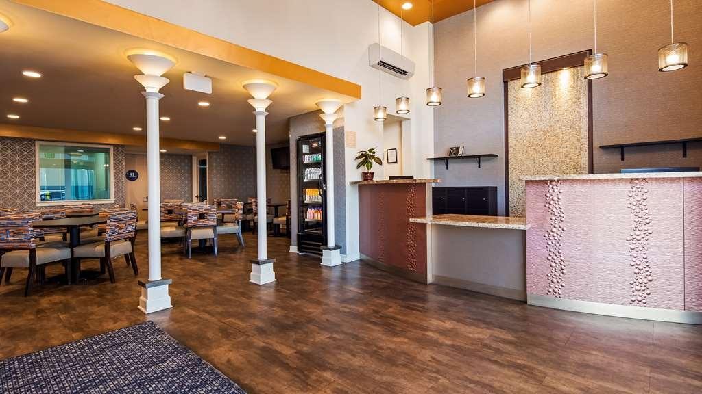Best Western Sandman Motel - Hall