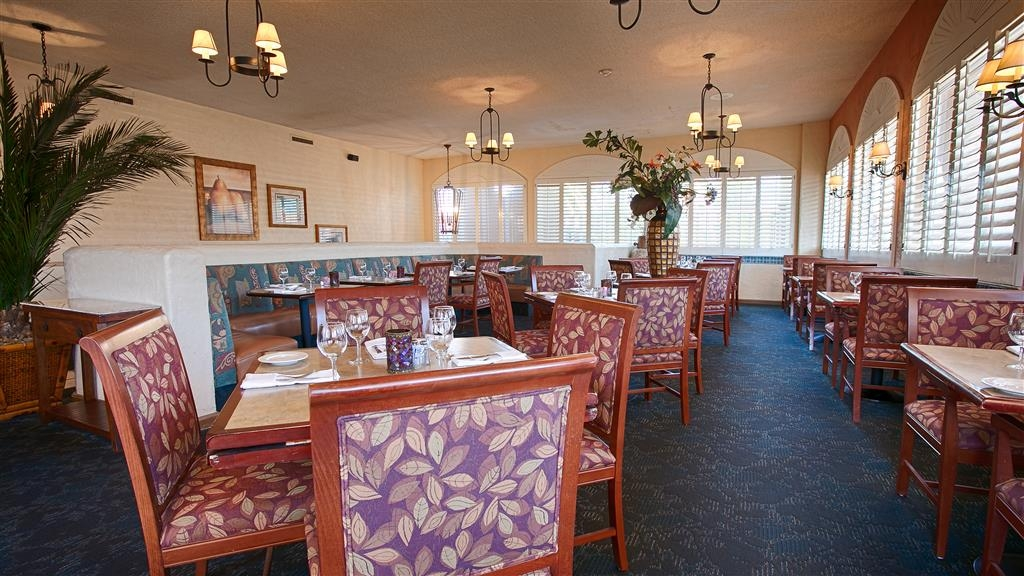 Best Western Plus El Rancho Inn - Restaurant / Gastronomie