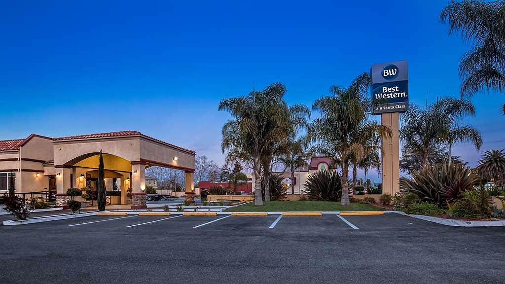 Best Western Inn Santa Clara - Hotel Exterior at Night