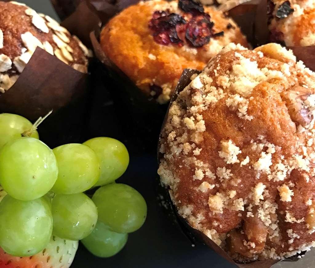 Best Western Inn Santa Clara - Grab a muffin with fresh cup of coffee.
