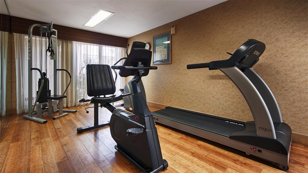 Best Western Royal Palace Inn & Suites - exercise chambre