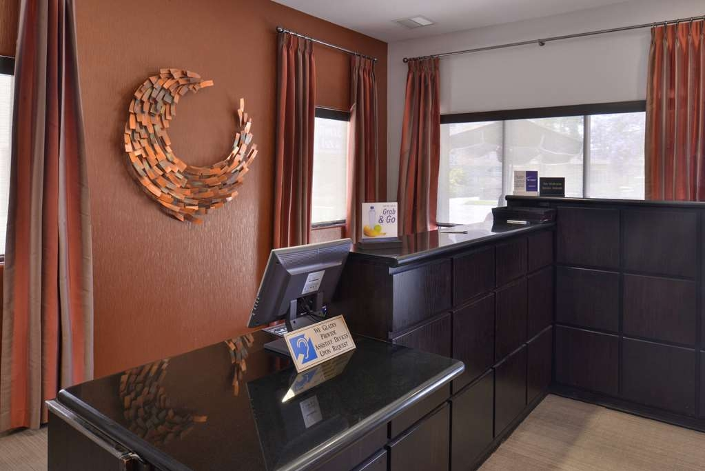 Best Western Royal Palace Inn & Suites - Vue du lobby