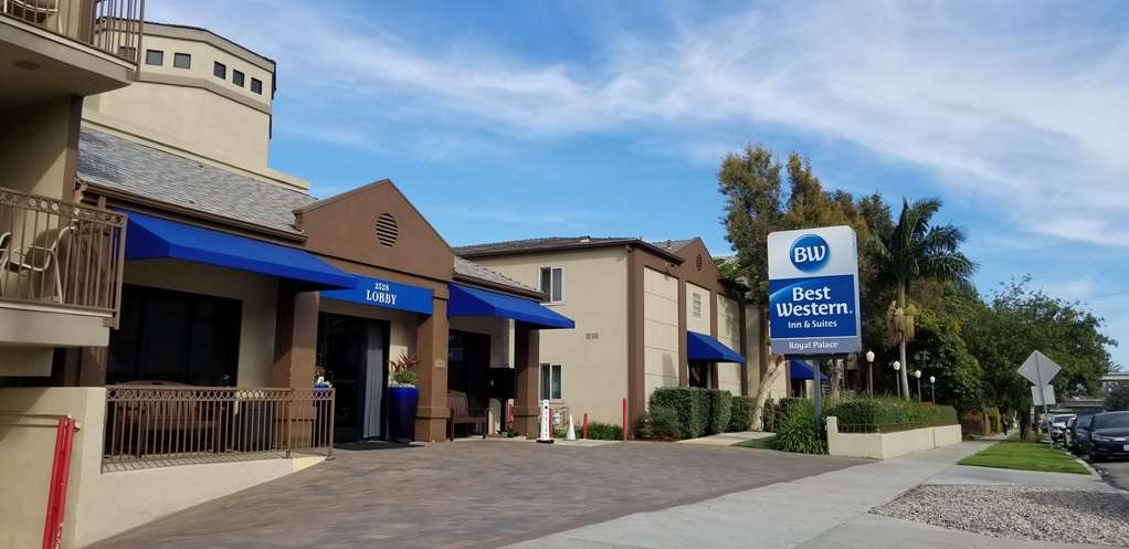 Best Western Royal Palace Inn & Suites - Außenansicht