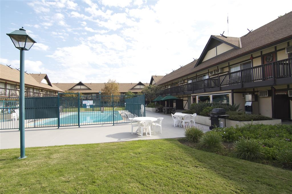 Best Western Andersen's Inn - Piscina all'aperto