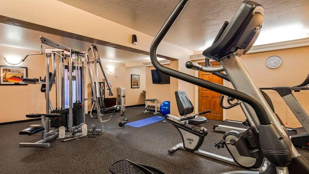 Best Western Plus Hilltop Inn - Club de salud