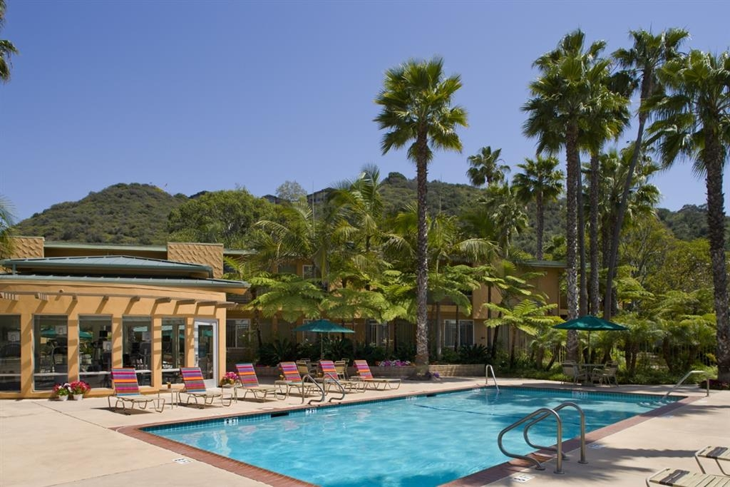 Best Western Seven Seas - Outdoor Pool, Heated