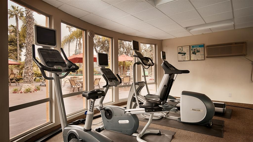 Best Western Seven Seas - Our poolside workout room provides basic cardio for you to stay fit.