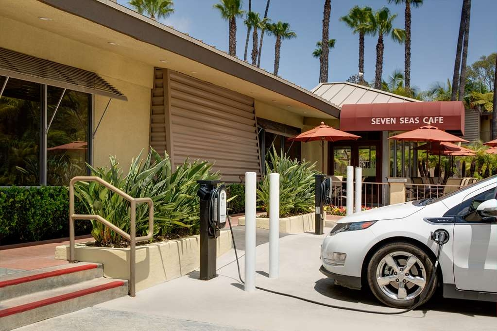 Best Western Seven Seas - Electric charging station