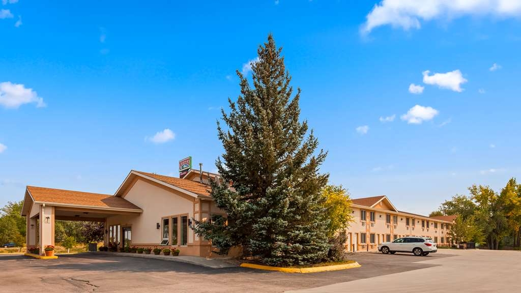 SureStay Plus Hotel by Best Western Buffalo - We pride ourselves on being one of the finest hotels in Buffalo, WY.