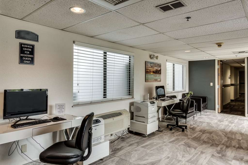 SureStay Plus Hotel by Best Western Post Falls - Catch up with work in our 24-hour business center.