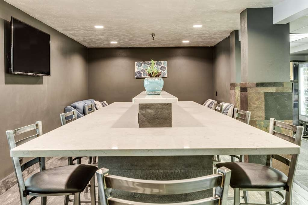 SureStay Plus Hotel by Best Western Post Falls - Need to schedule a meeting for business? We have space available for you and your clients.