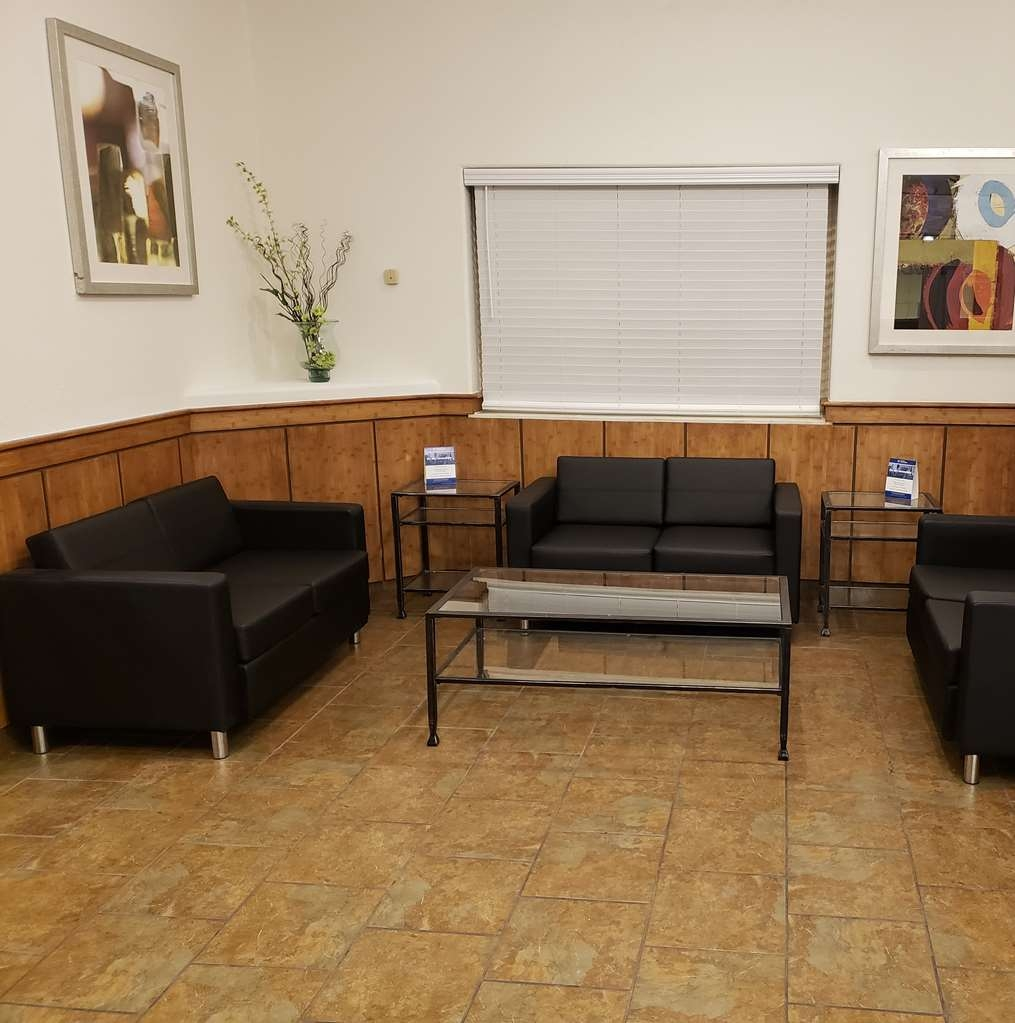 SureStay Plus by Best Western Thornton Denver North - Our lobby is the perfect spot to relax after a long day of work and travel.