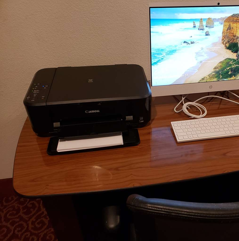 SureStay Plus by Best Western Thornton Denver North - Keep connected with your loved ones in our business center located on the 2nd floor.