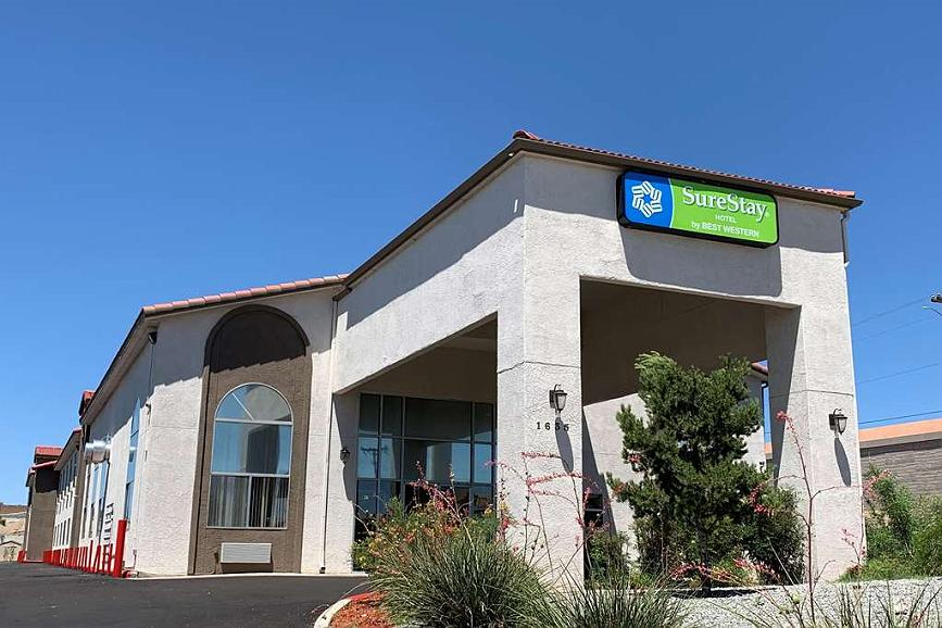 SureStay Hotel by Best Western Albuquerque Midtown - Façade