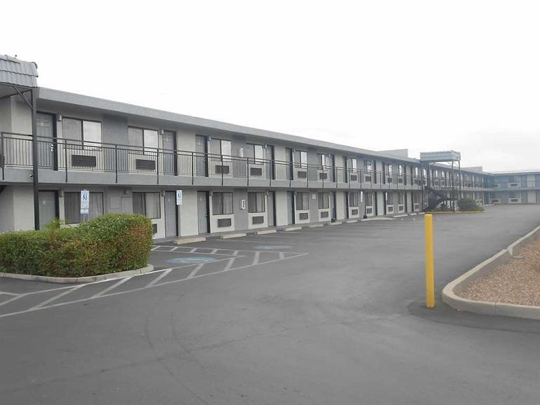 SureStay Hotel by Best Western Phoenix Airport - Aussenansicht