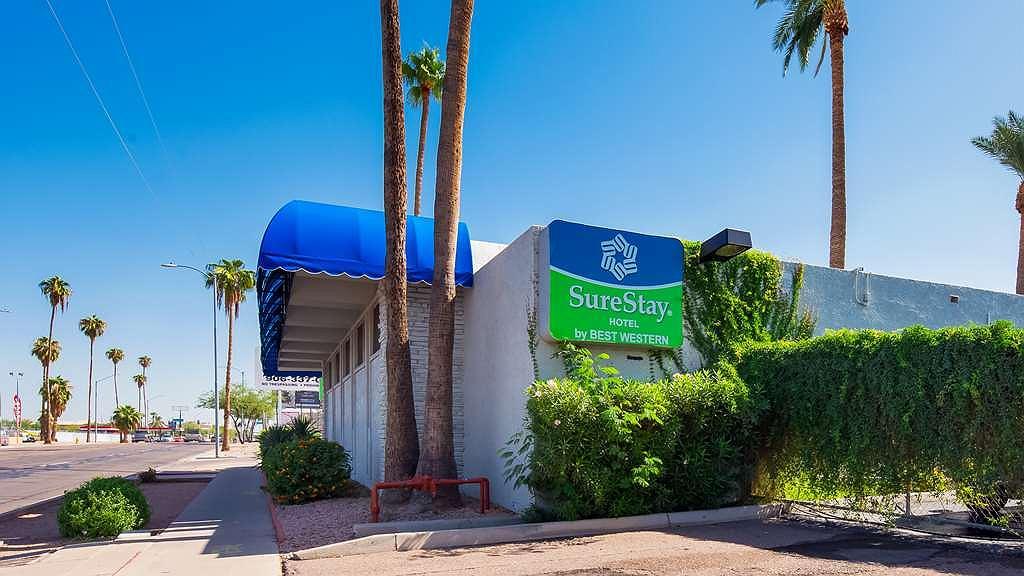 SureStay Hotel by Best Western Phoenix Airport - Vista exterior