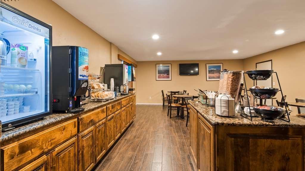 Best Western Inn - Breakfast Area