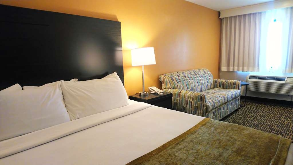 Best Western Inn - If you're looking for a little extra space to stretch out and relax, book one of our king guest rooms.