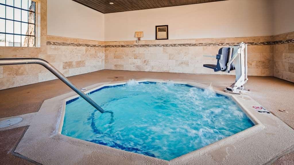 Best Western Inn - Hot Tub