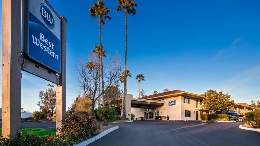 Best Western Inn - Vista Exterior