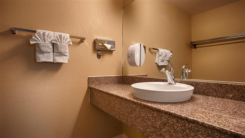Best Western Anderson Inn - Unpack all the necessities on our large vanity featured in all of our guest bathrooms.