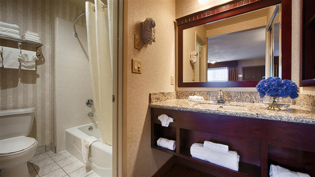 Best Western Pasadena Inn - We take pride in making everything spotless for your arrival.