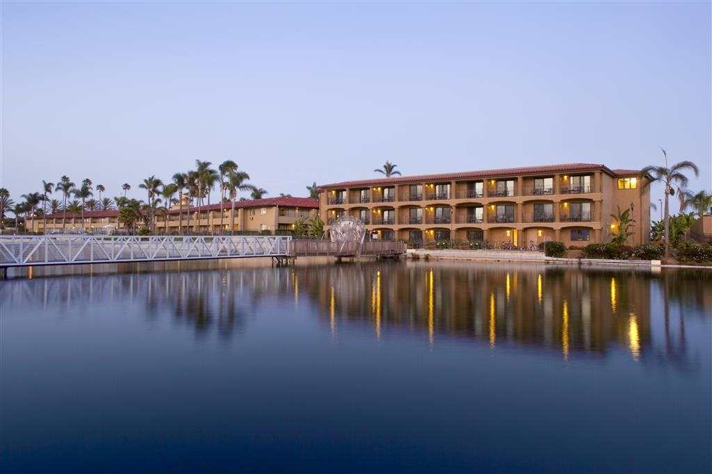 Best Western Plus Island Palms Hotel & Marina - Bâtiment Casa Marina