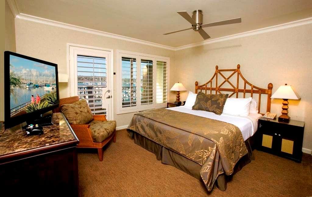 Best Western Plus Island Palms Hotel & Marina - Casa Del Mar King One Bedroom Suite