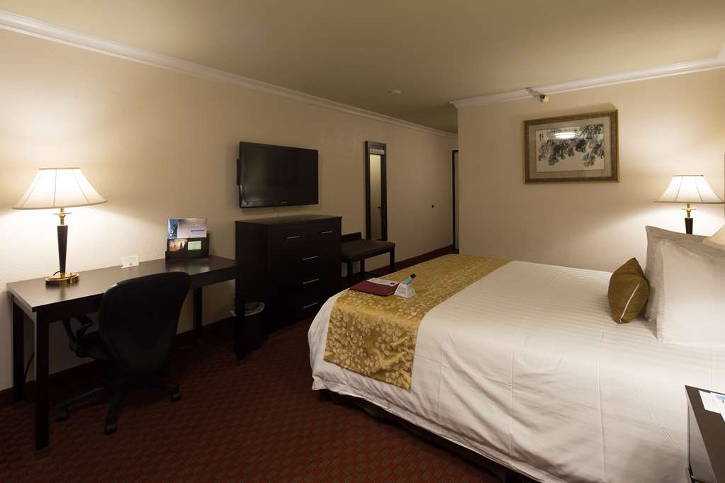 Best Western Plus South Bay Hotel - Chambres / Logements