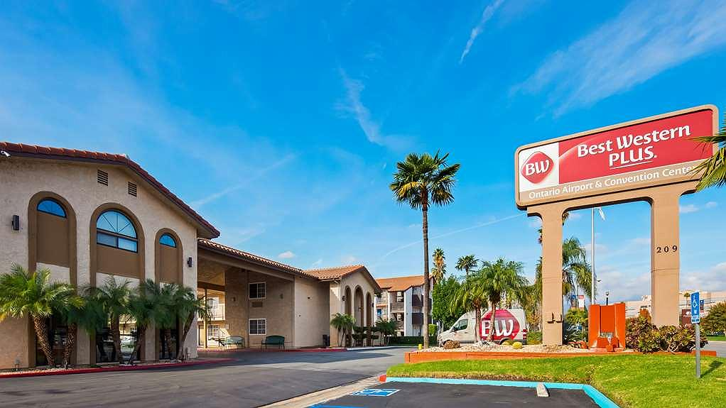 Best Western Plus Ontario Airport & Convention Center - Area esterna