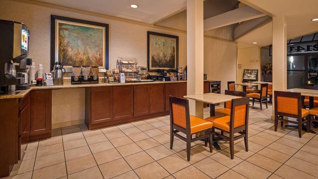 Best Western De Anza Inn - Breakfast Area
