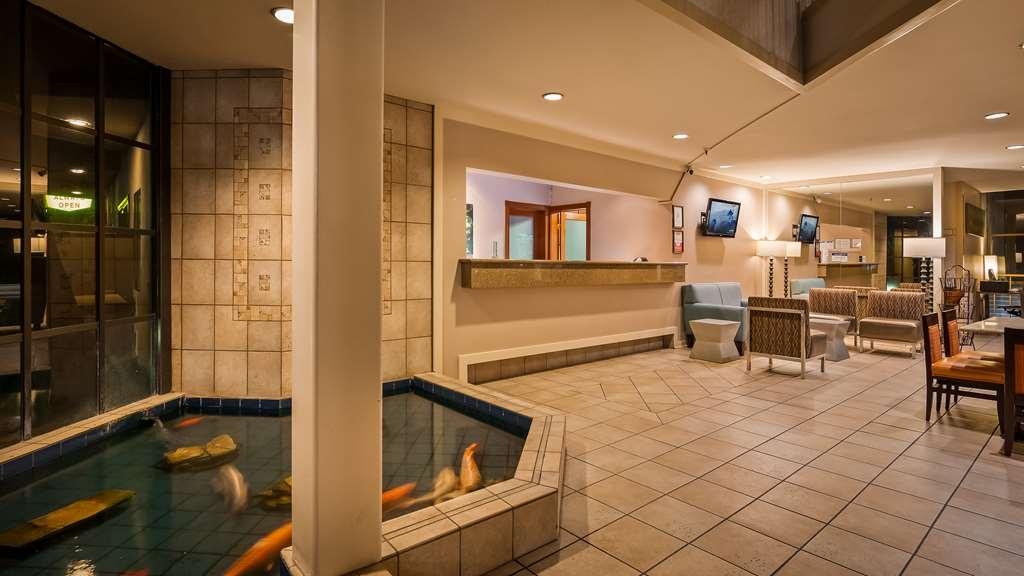 Best Western De Anza Inn - Lobby