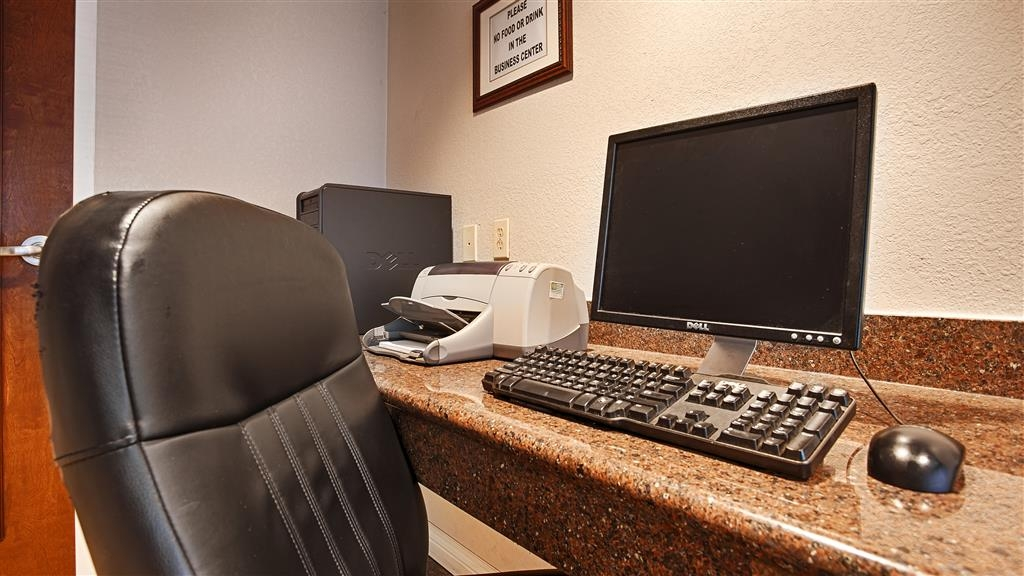 Best Western Gold Country Inn - Free high-speed internet and printer capabilities are available for you in our business center.