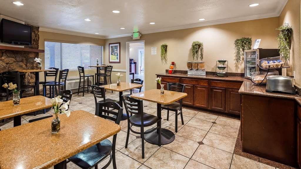 Best Western Gold Country Inn - Breakfast Area