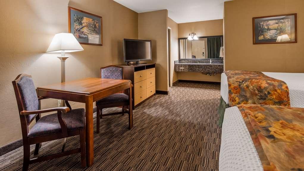 Best Western La Posada Motel - Two Queen Room