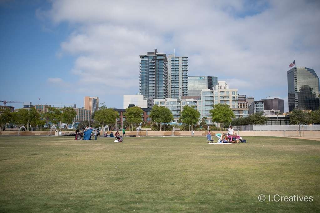 Best Western Plus Bayside Inn - Enjoy laying out in the San Diego sunshine while having a picnic or taking a break from all the waterfront sites.