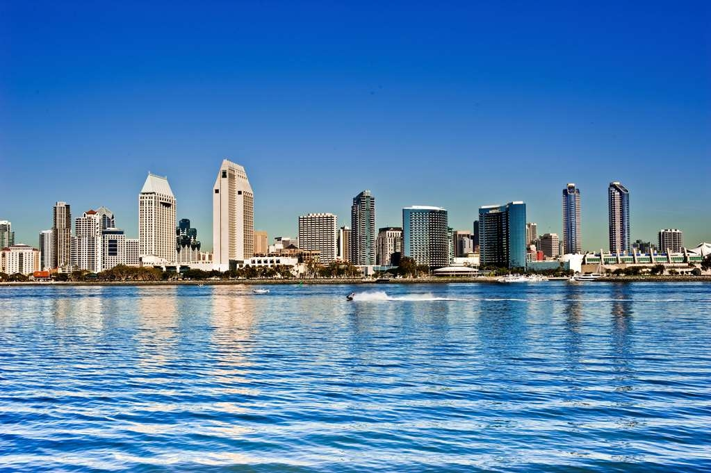 Best Western Plus Bayside Inn - San Diego Bayfront Area.