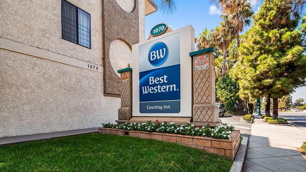 Best Western Courtesy Inn - Vista Exterior
