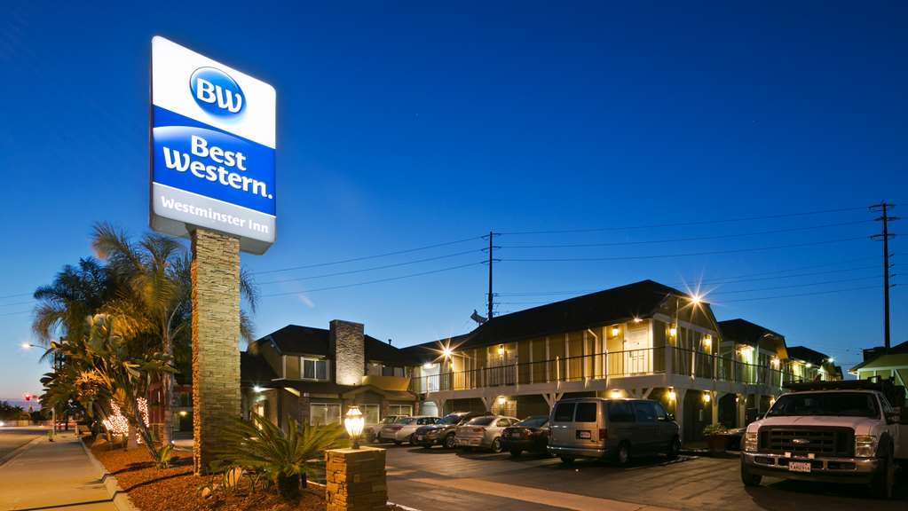 Best Western Westminster Inn - Westminster Inn located in a safe area with very friendly staff to accommodate your needs
