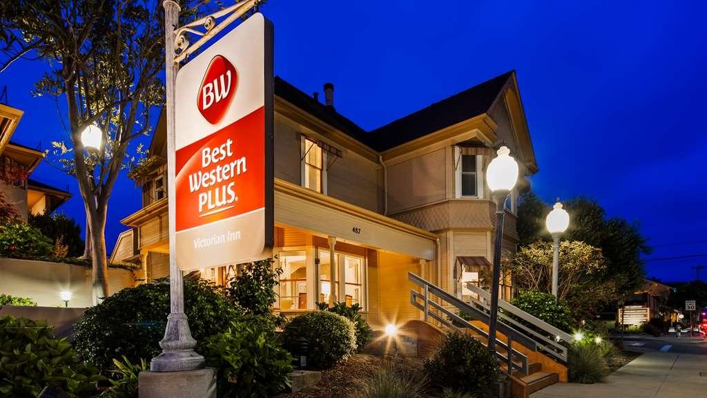 Best Western Plus Victorian Inn - Vista Exterior