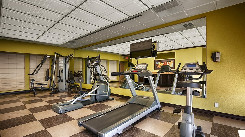 Best Western Plus Inn at the Vines - Work up a sweat in our fitness center.