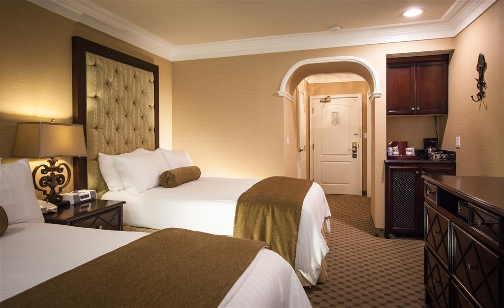 Best Western Plus Sunset Plaza Hotel - Two Double Bed Guest Room