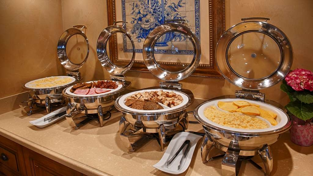 Best Western Plus Sunset Plaza Hotel - Desayuno Buffet